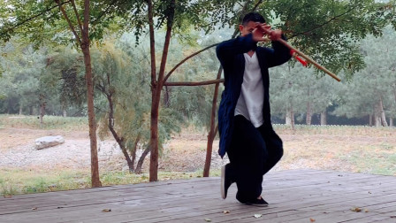 怨去吹箫,狂来说剑!黄山老师这套武当剑法以箫作剑让你美不胜收!