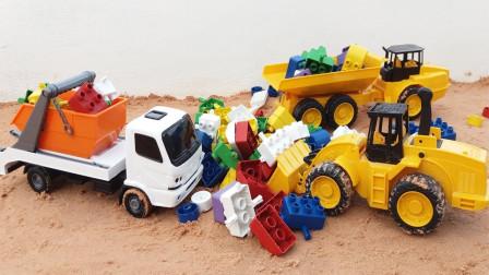 热血的挖掘机,完美的推土机和救护车玩具