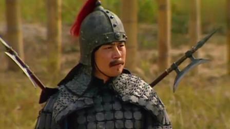 三国演义:不愧出名的谋士!孙策将战袍扯碎,只有周瑜懂他的意思