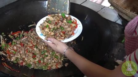 舌尖上的美味只自贡烫皮小煎兔的做法,香辣美味,吃上一口,回味无穷