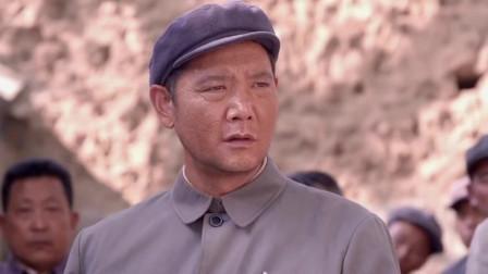 老农民:领导来到基层视察,手下派人故意演戏给他看,当他是傻子吗!