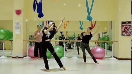 古风舞蹈《琵琶行》荷池幽香 3人版