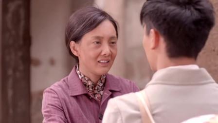 老农民:小伙要出远门,母亲躲在家里痛哭,小伙在门外这样说!