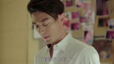 他来了请闭眼:简瑶看到薄靳言身上的疤痕。