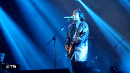 伍佰RockStar世界巡回演唱会沈阳站26《与你到永久》