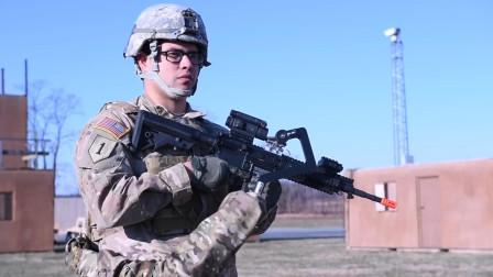 """美军在身上安装""""手臂"""",可以轻松提起重武器,有效提高作战能力"""