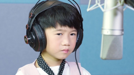 动听童声-邓文怡,邓力玮合唱《老爸》MV 我们的爱微小却闪烁