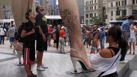 """全球最""""性感的雕像"""",因游客的行为,只存在了300天就被拆除"""