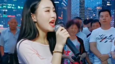 """求大神""""那洗丁丁来丁丢""""是什么歌?中文神翻译,太搞笑了!"""