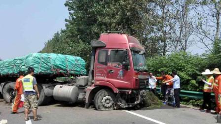 神级老司机!大货车刹车失灵,为救前方小车,紧急时刻舍身撞向隔离带!