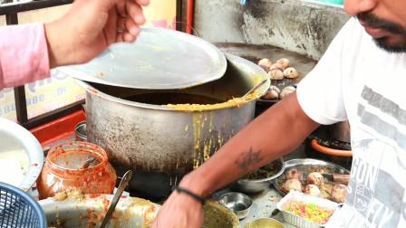 印度白领午餐吃什么,说实话下不了口,又是糊糊