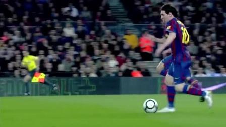 蓝队十号这个左脚换球,虚招误导对手成功运球过人