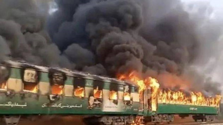 外患还没解决,巴基斯坦境内却传出噩耗,已造成至少74人死亡