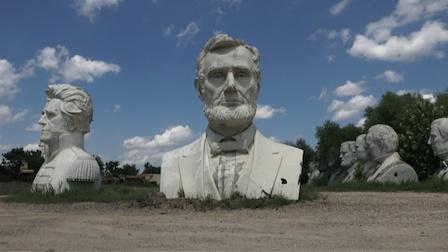 流落荒郊的美国总统雕像