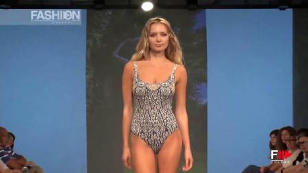 DFion时装秀:优雅知性的金发超模,登台很是迷人!