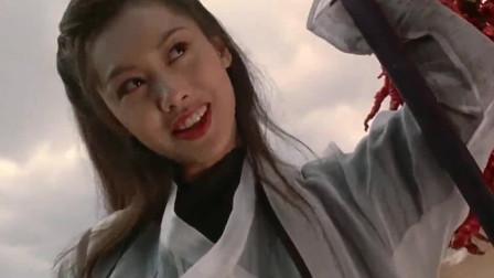 紫霞遇到老伯,发现他点油灯不用灯芯,原来是二郎神!