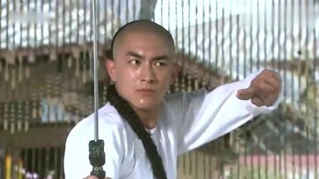 步步惊心:十四爷舞剑被偷看暴怒,发现是若曦马上气消,还撒娇