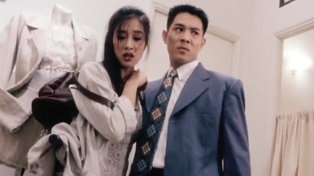 回顾李连杰电影《中南海保镖》,许正阳杨倩儿该不该遇见