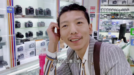 广漂理发师嫌自己的卡片机拍不好视频 说要买一款1万以内视频机