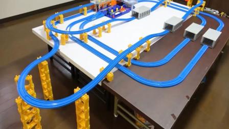 趣味玩具 搭建小火车与列车火车站轨道玩具