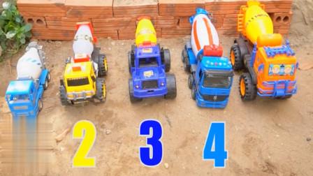 婴幼儿益智玩具车 工程车吊车模拟救援事故车