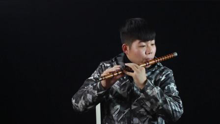 周杰伦歌曲《菊花台》,小伙用笛子演奏,不愧是经典歌曲真好听