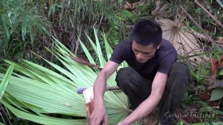 越南小哥在热带雨林中石板烤美食26
