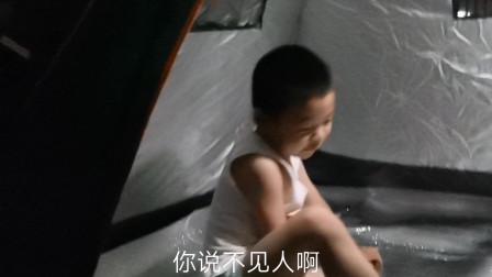 一家三口顶楼搭帐篷,别样的户外体验