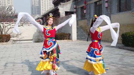 沐汐舞团《卓玛》民谣风,小姐姐化身藏族小美女,千呼万唤始出来