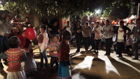 傈僳族打跳太精彩了,喜欢少数民族舞蹈的来看看