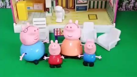 小猪一家吃薯片了,乔治和佩奇吃得好开心,有人抢他们家的薯片