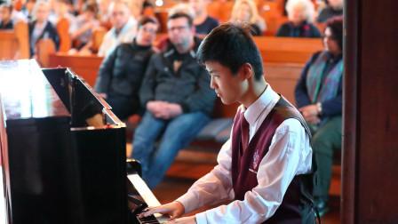奥克兰音乐节乐队钢琴手