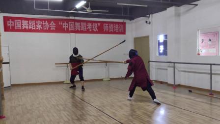六合大枪日常对练,持龙武社老廖vs小牛