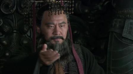 《三国》能让奸雄曹操感动的事不多,曹丕这回感动了他,直接上位