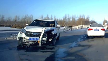 行车记录仪实拍:新年第一场雪,超速过弯让人无力吐槽