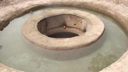 在游泳池洞里建造最秘密的地下房屋