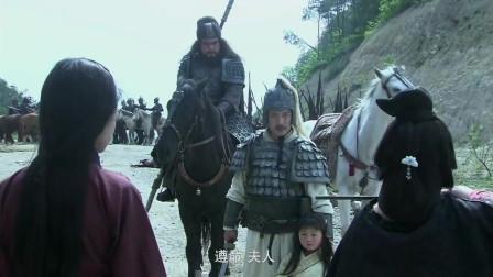 《三国》此人口出狂言辱骂赵云,结果被赶来的张飞一矛刺死