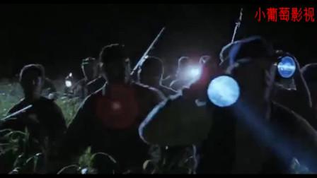 侏罗纪公园2:探险一行人只顾拼命往草丛里跑,有人高声大喊的2句话随后让他们后悔不已