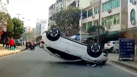 行车记录仪实拍:开车走神玩手机,翻车那一刻才后悔莫及?
