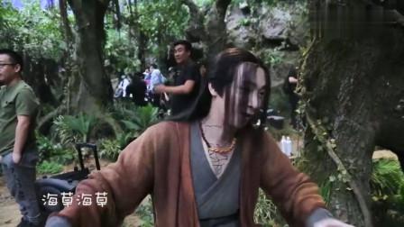王一博教肖战跳舞,肖战学跳《偶像练习生》主题曲《eiei》