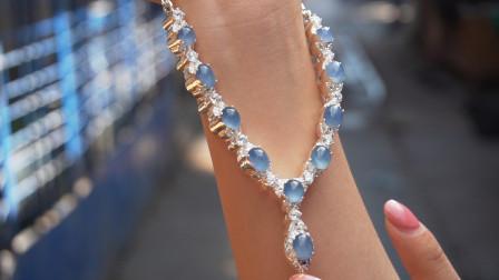 缅甸淘宝之旅,偶遇罕见翡翠项链,这个颜色真是美翻了!