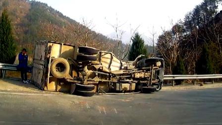 行车记录仪实拍:面对随心所欲的大货车,谁也预判不了它的下一步