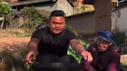 南方大妈煮河里的美味,盖上锅盖的那一刻,我都迫不及待了!
