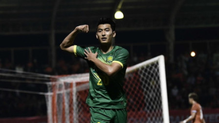 中国足球开门红啊!王子铭孙兴慜附体,推射远角攻入亚冠唯一进球