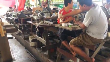 缅甸曼德勒那边手工加工脚踏机器