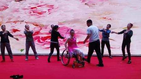 排练中的阳光之约残疾人舞蹈团