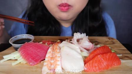 吃货小姐姐:小姐姐吃生鱼片,这次过足了馋瘾