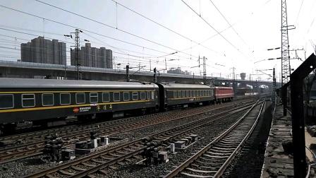 K362/59次(银川——上海)咸阳站4道开车