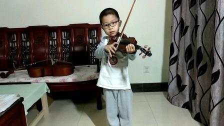 邱意扬(6岁三个月)练习小提琴协奏曲《莫扎特小提琴协奏曲No.4 in D,K.218(第三乐章)》
