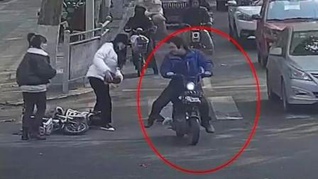 可恶!男子心情郁闷上街踹人泄愤,怕挨揍专挑女性下脚,被拘15天!